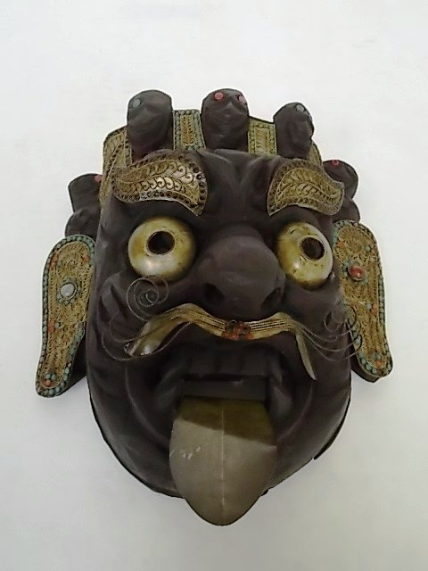 EARLY ANTIQUE TIBETAN OR HIMALAYAN MASK W/ TURQUOISE