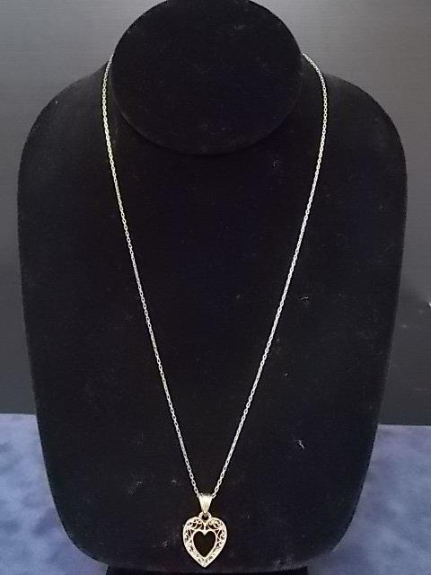 Vintage Estate 14K Gold Chain Necklace W/ Heart Pendant