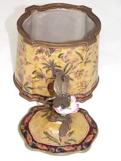 BRONZE PORCELAIN COVERED BOX W/ DRAGONFLY FINIAL - 4