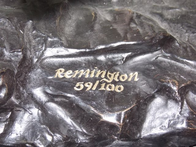 "LIMITED EDITION BRONZE ""SCALP"" BY REMINGTON STATUE - 9"