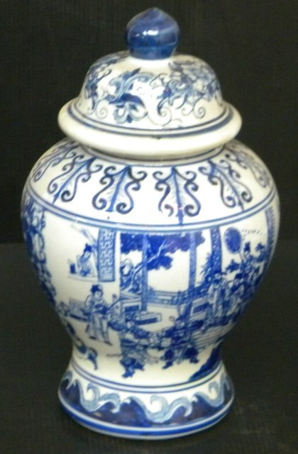 BLUE & WHITE CHINESE PORCELAIN URN VASE - 2