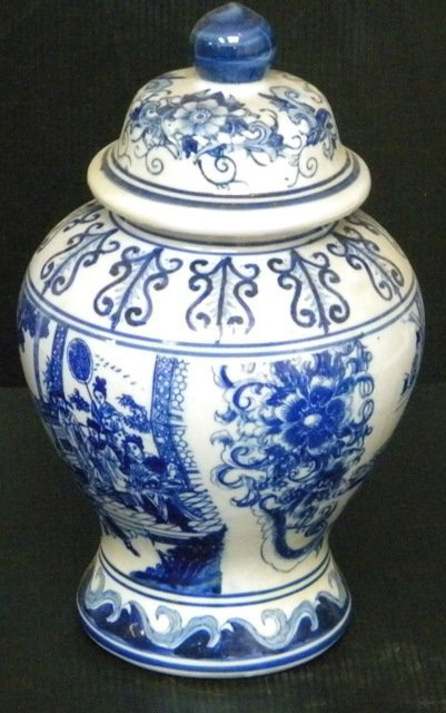 BLUE & WHITE CHINESE PORCELAIN URN VASE - 3
