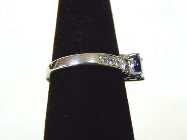 Womens Sterling Silver .925 Ring w/ Sapphire Stone 2.7g - 2