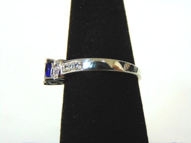 Womens Sterling Silver .925 Ring w/ Sapphire Stone 2.7g - 3