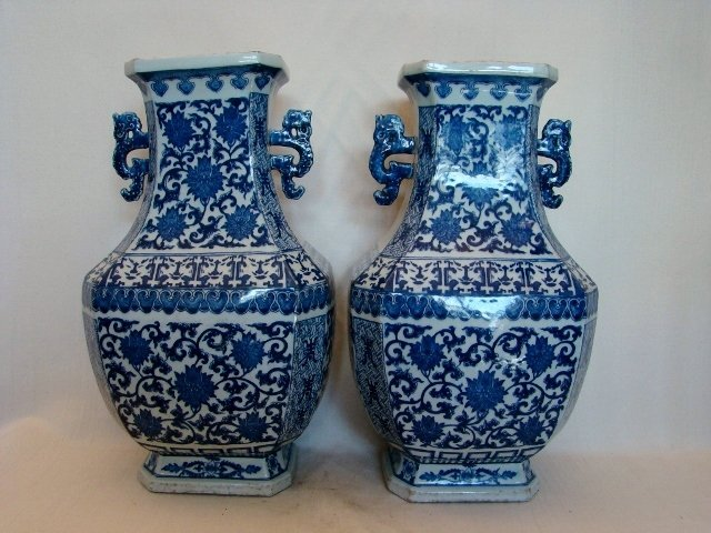 Chinese Export, Pair of Blue & White Porcelain Urns/Vas