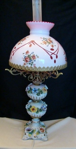 Capodimonte Vintage Table Lamp with a Glass Shade. 30 1