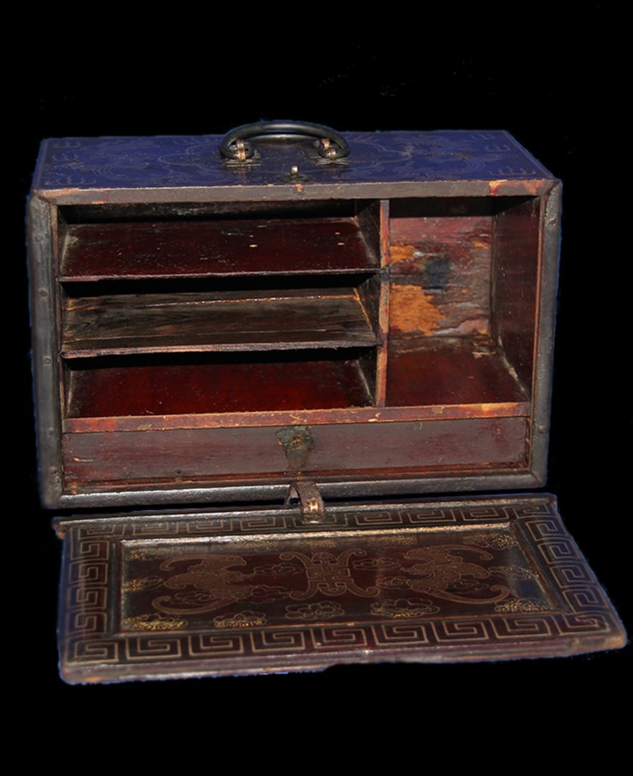An Important Qing Rose Wood Lacquer Box - 9