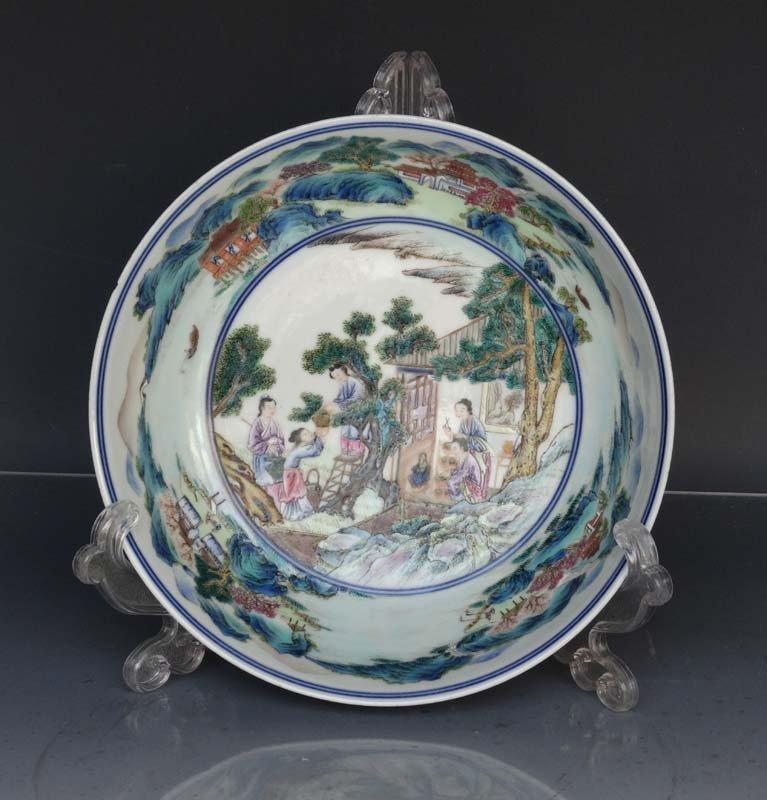 Fine Chinese Qing Famille Rose Porcelain Plate