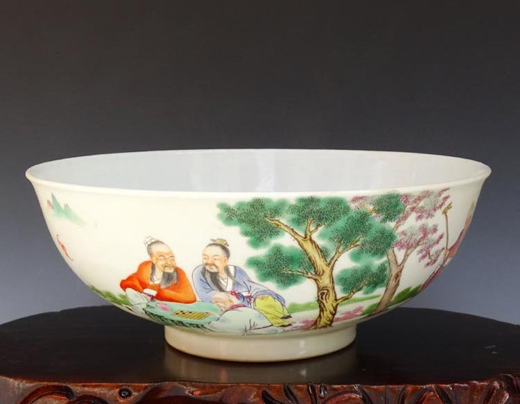 A Chinese Qing Famille Rose Porcelain Bowl