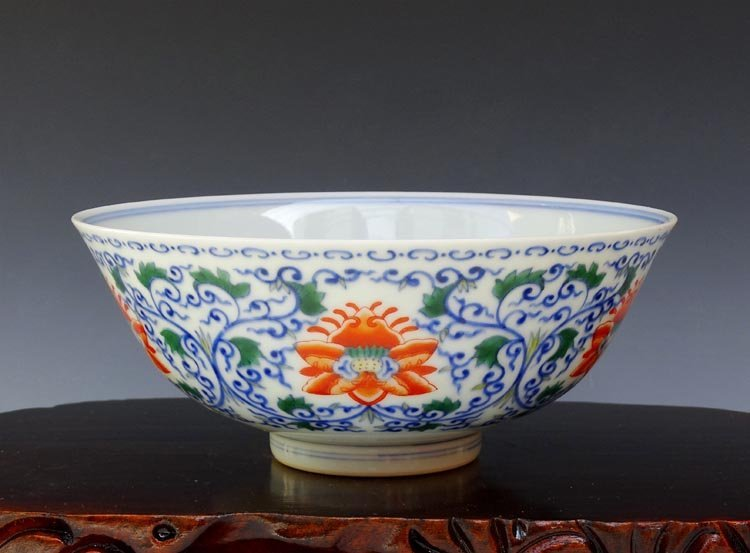 A Chinese Qing B/W and Dou Cai Porcelain Bowl
