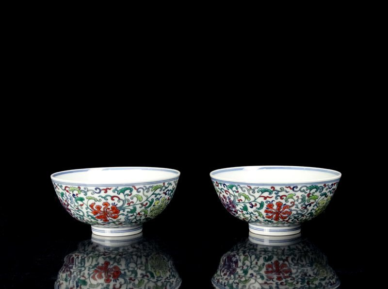A Pair Chinese Qing Famille Rose Porcelain Bowls