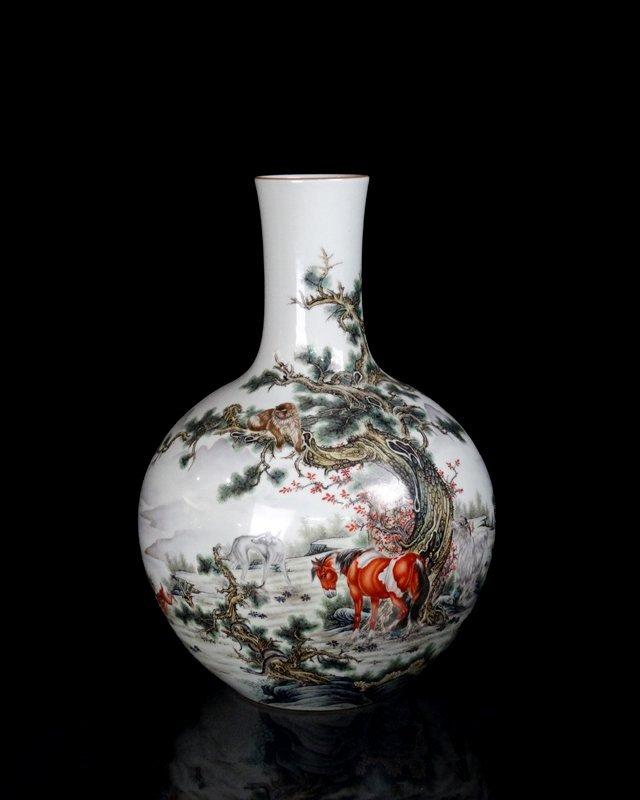 A Huge Chinese Qing Famille Rose Porcelain Vase