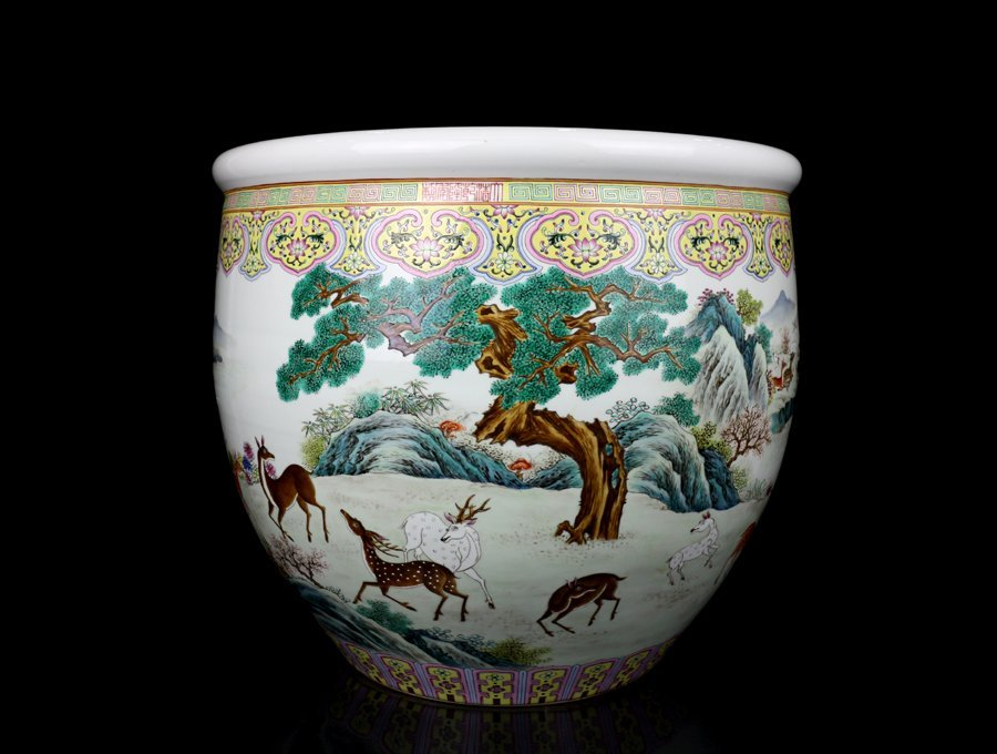 Very Large Chinese Qing Famille Rose Porcelain Fishpot