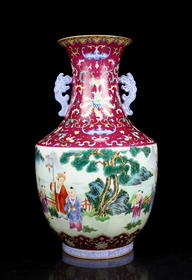 A Toppest Chinese Qing Famille Rose Porcelain Vase