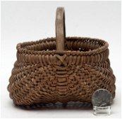 Shenandoah Valley Diminutive Egg Basket