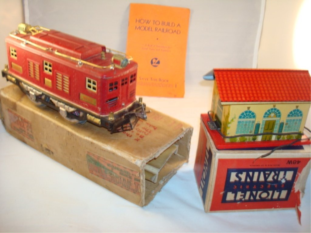 Lionel Railroad Train Lot - Engine & House