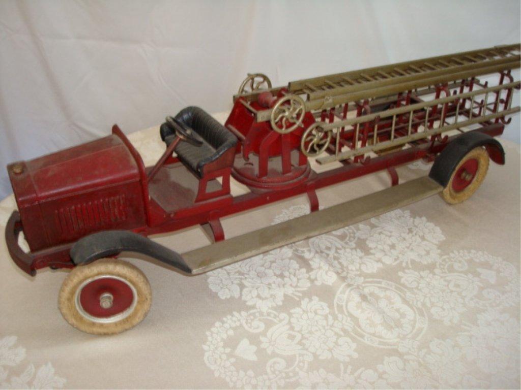 Large Kingsbury Hook & Ladder Fire Truck w BOX - 2