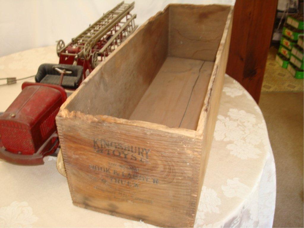 Large Kingsbury Hook & Ladder Fire Truck w BOX - 4