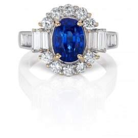 A 3.32 carat Sapphire & Diamond Ring