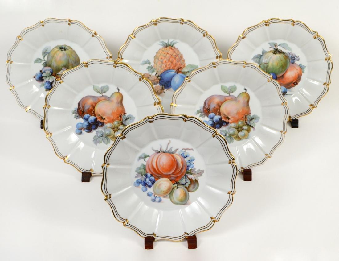 SIX SORAU FRUIT DECORATED PORCELAIN DESSERT PLATES