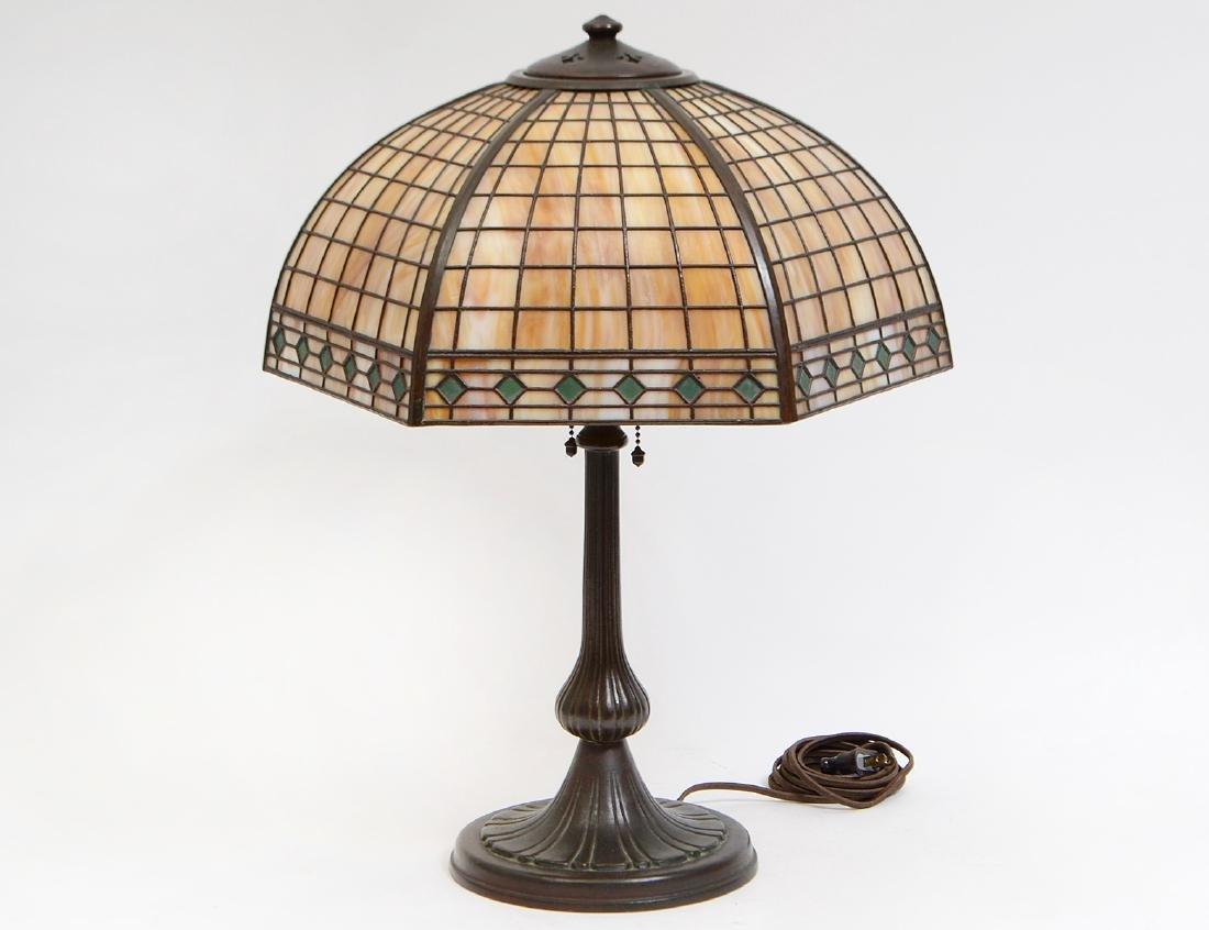 HANDEL OVERLAY SLAG GLASS & BRONZE TABLE LAMP