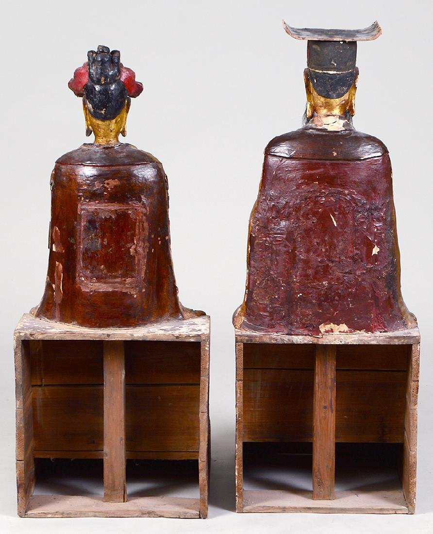 PAIR OF QING GILT WOOD TEMPLE FIGURES EMPEROR & EMPRESS - 6