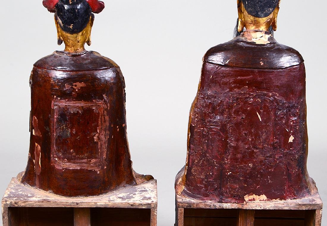 PAIR OF QING GILT WOOD TEMPLE FIGURES EMPEROR & EMPRESS - 7