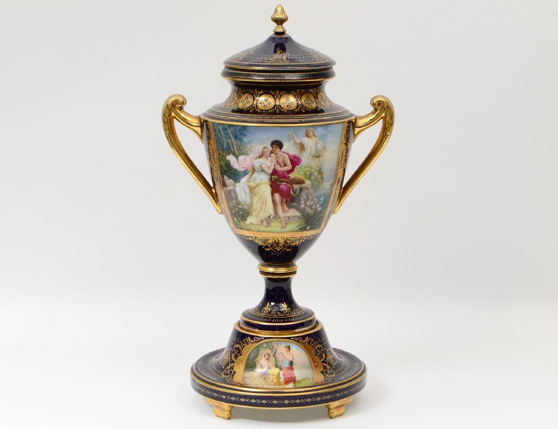 VIENNA PAINTED AND GILT PORCELAIN COBALT GROUND COVERED