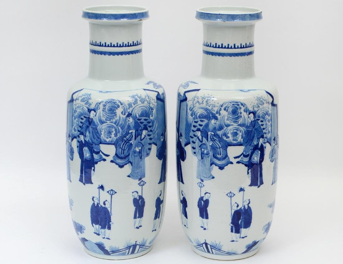 FINE PAIR QING BLUE AND WHITE ROULEAU VASES