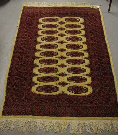11: Persian Hand Knotted Rug. Please Examine This Ite
