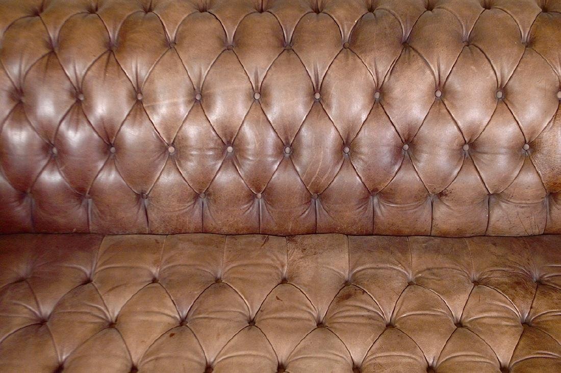 LEATHER BUTTON TUFTED CHESTERFIELD SOFA - 4