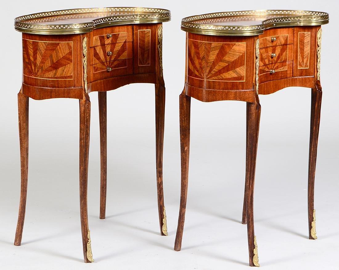 PAIR OF LOUIS XV STYLE VARIOUS WOOD TABLES EN - 3