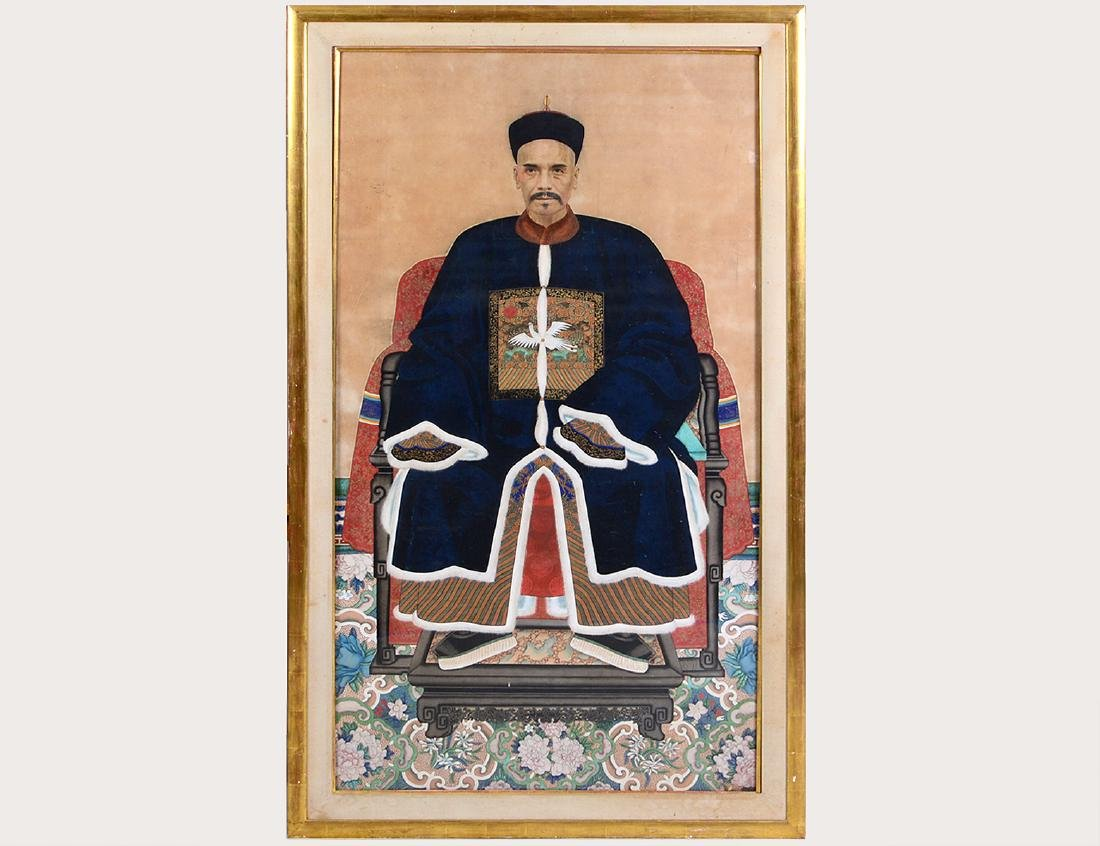 CHINESE 19TH CENTURY ANCESTRAL PORTRAIT OF AN OFFICIAL