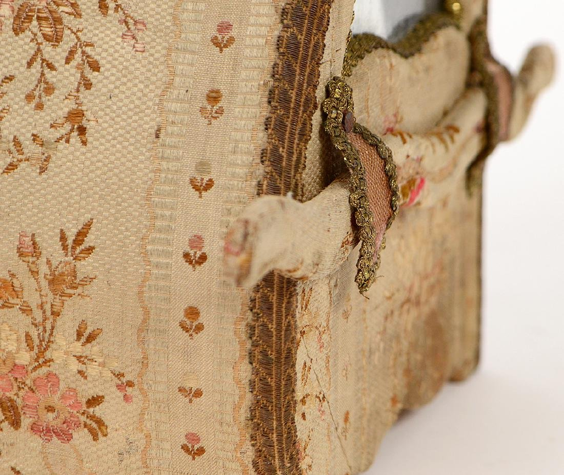 FRENCH FABRIC MOUNTED 'SEDAN' FORM JEWELRY CASE - 5