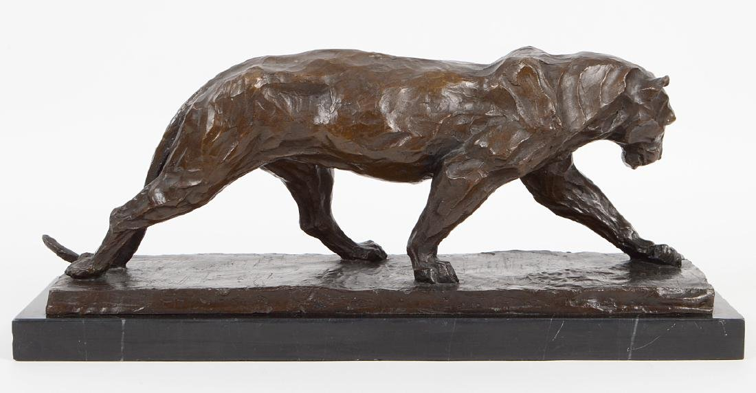 PATINATED BRONZE LIONESS - 3