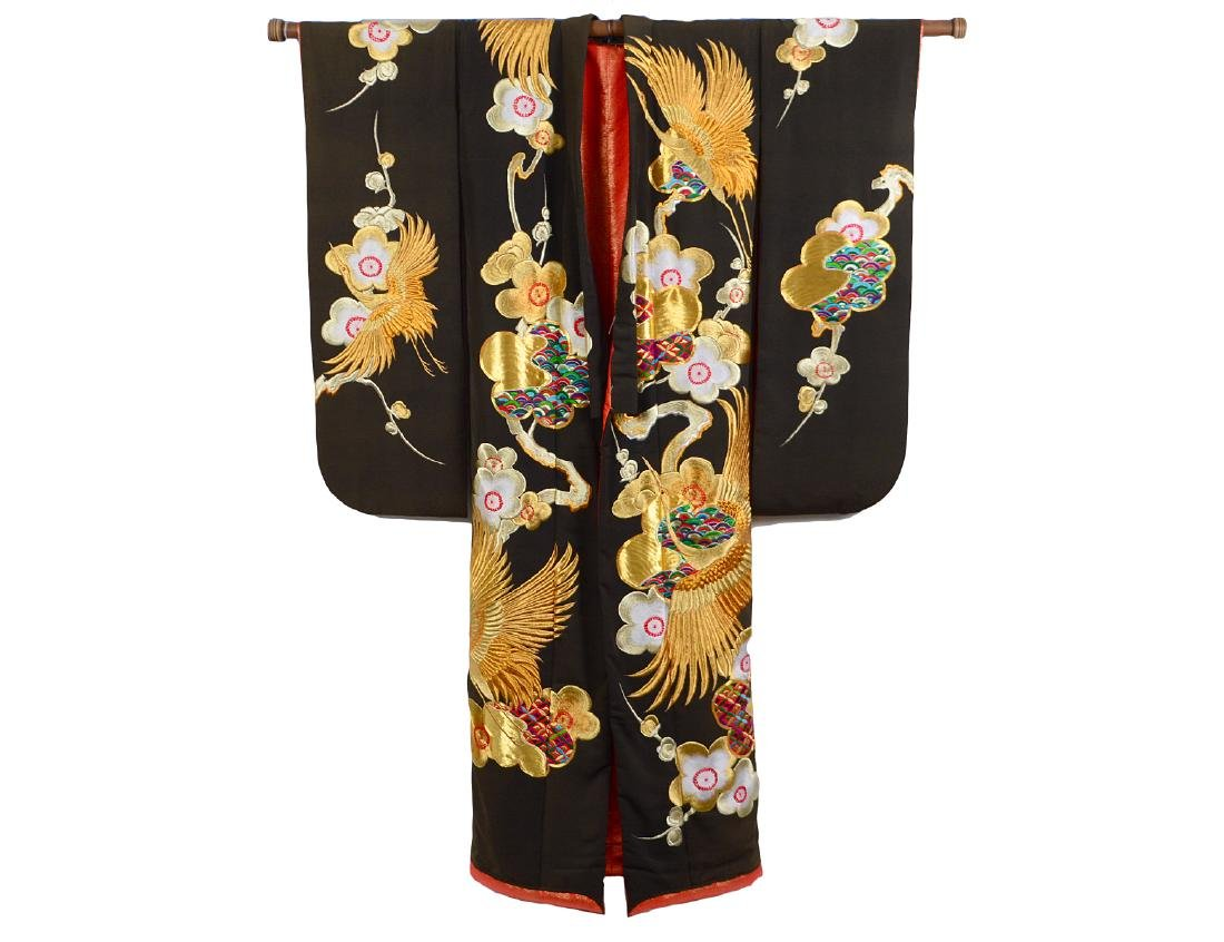 JAPANESE GILT EMBROIDERED CEREMONIAL KIMONO