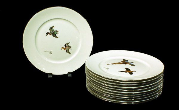 239: 12 Lynn Bogue Hunt Plates with Transfer Scenes