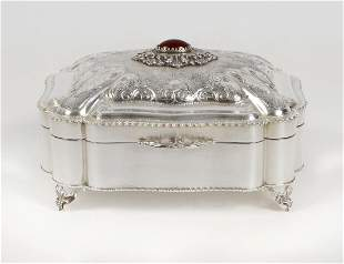 STERLING SILVER COVERED BOX