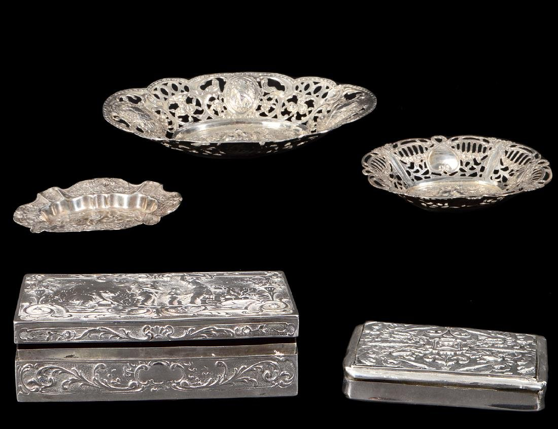 FIVE DUTCH SILVER TABLE ITEMS