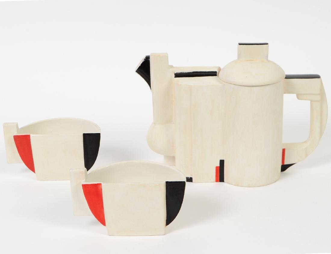 RUSSIAN SUPREMATIST PORCELAIN THREE-PIECE TEA SERVICE