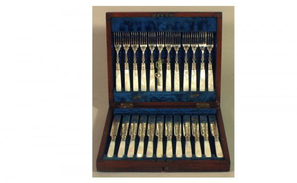 17: Antique of 24 Hallmarked Mother-of-Pearl Flatware