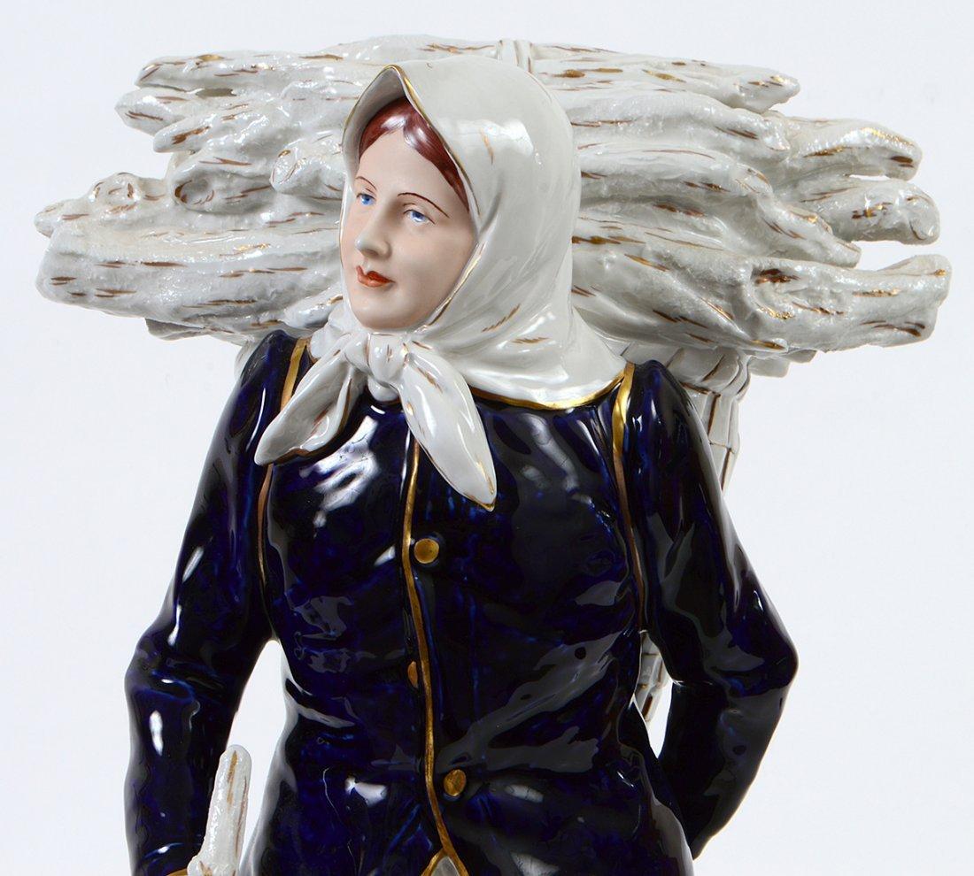 ROYAL DUX PORCELAIN FIGURE OF PEASANT WOMAN - 2