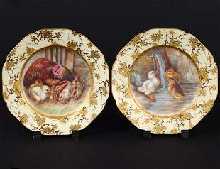 PAIR OF FRENCH PORCELAIN CABINET PLATES