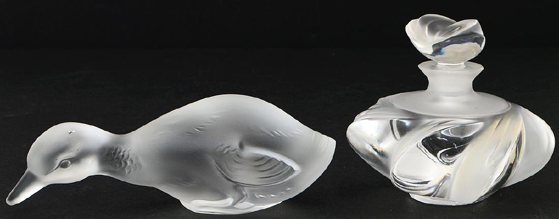 FOUR LALIQUE AND BACCARAT GLASS TABLE ITEMS - 7