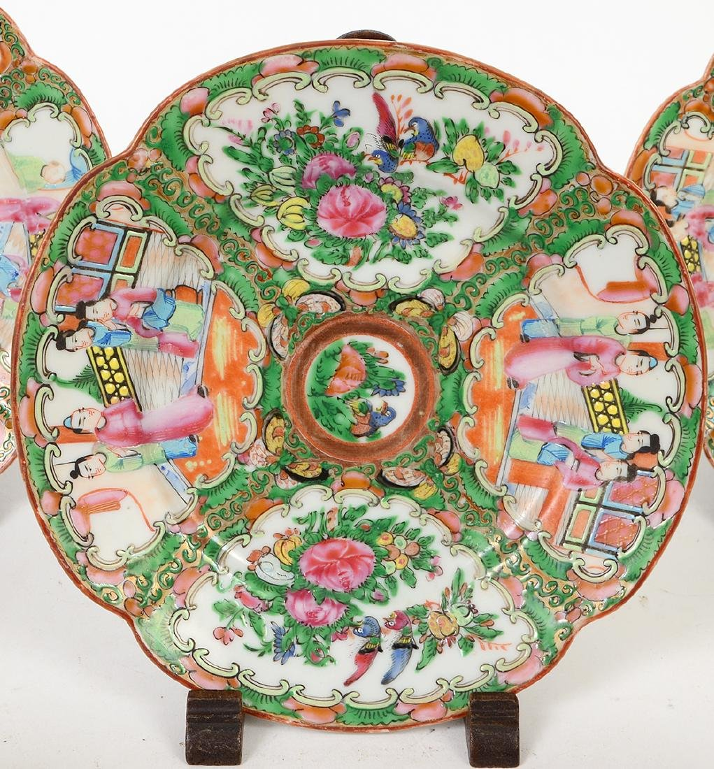 SIX CHINESE EXPORT PORCELAIN TABLE ITEMS - 3