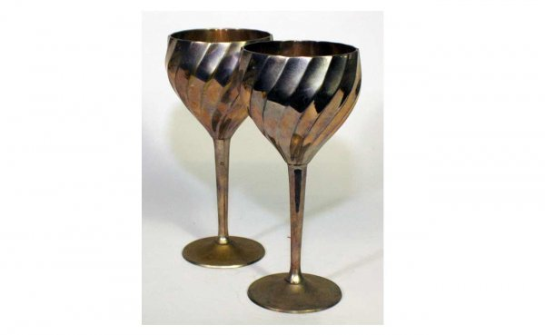 16: Pair of Silverplated Goblets with Swirl-Motif B