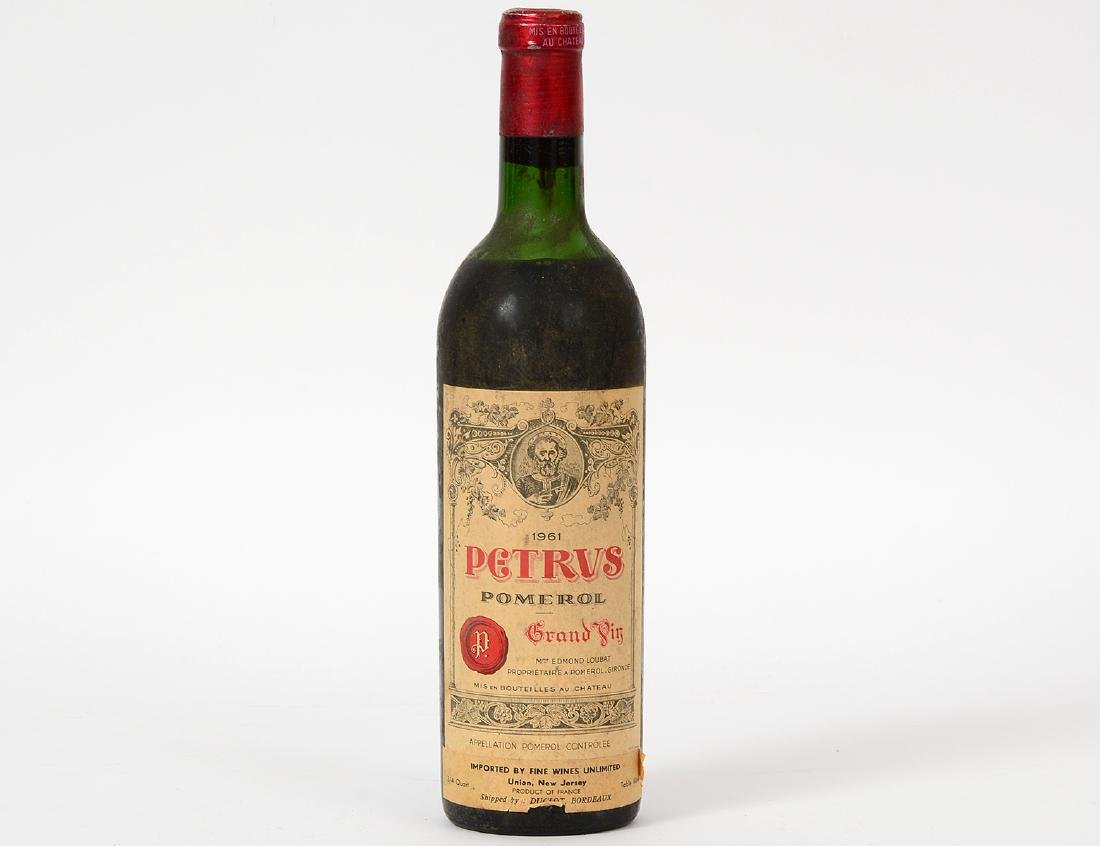 A FRENCH 1961 PETRUS POMEROL RED WINE BOTTLE