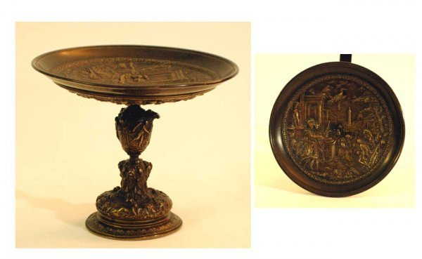 1003: Antique Patinated Bronze Tazza Relief Decorated w