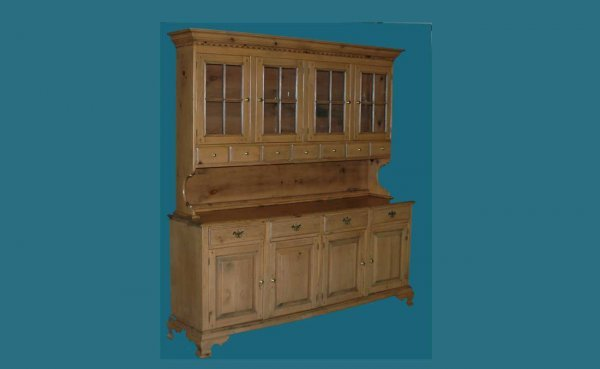 22: Pine Step-Back Cupboard with Associated Base. The t