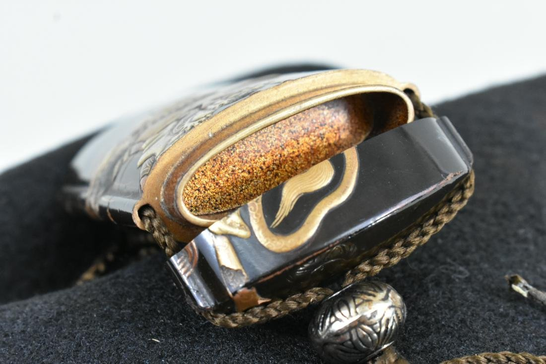 JAPANESE GILT AND BLACK LACQUER INRO - 9